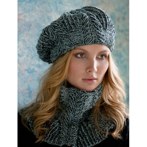 SANDRA CABLED COWL AND BERET