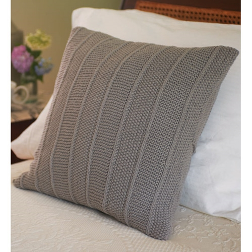 MOSS STITCH AND GARTER STITCH CUSHION