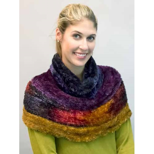 ARCTIC DREAMS COWL
