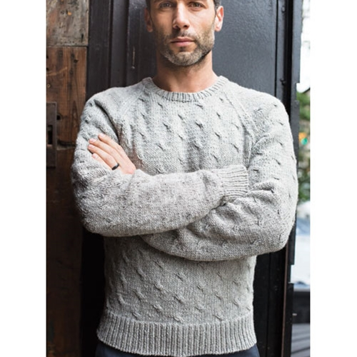 MAN'S CABLED PULLOVER